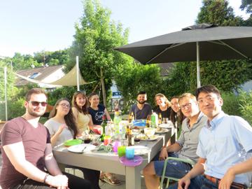 毎年夏にはラボのメンバーとZaiss先生宅に集まりBBQ。ラボの皆さんには研究でも生活面でもお世話になりました。